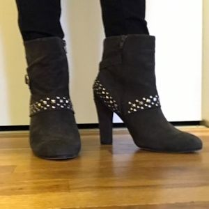Ros Hommerson Brown Suede Boots 9W